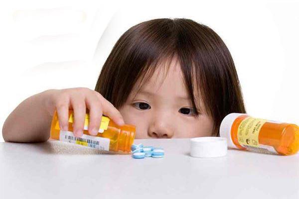 孩子误吞药物了怎么办