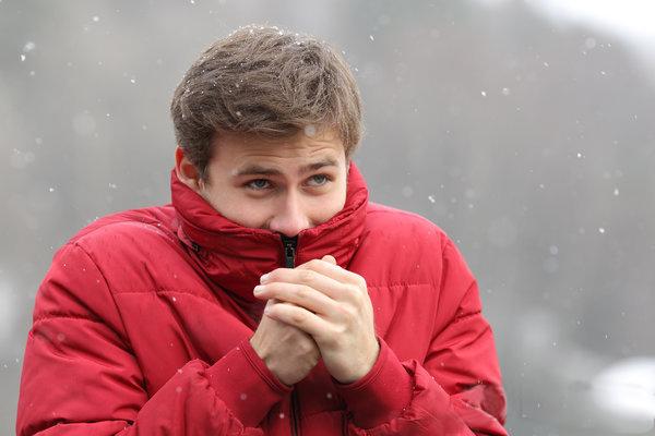 手脚冰凉是病吗?手脚冰凉怎么办?