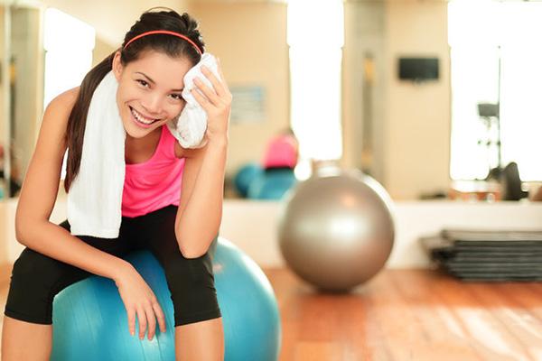 别再把出汗多少当做运动减肥的标准了,这几个才值得参考
