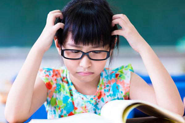 孩子学习很努力,为什么成绩老上不去?