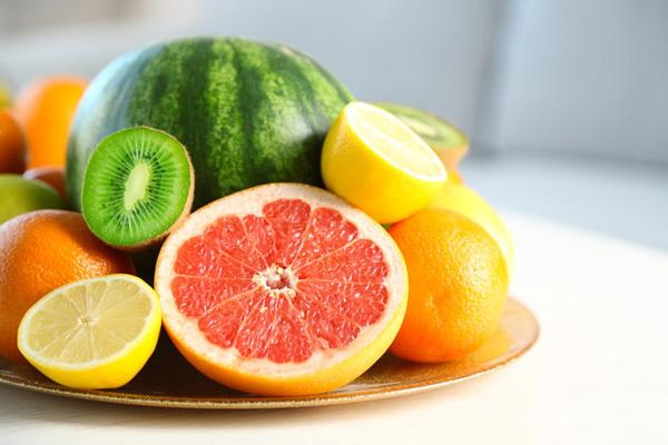 这些人不要吃这些水果,看看有没有你
