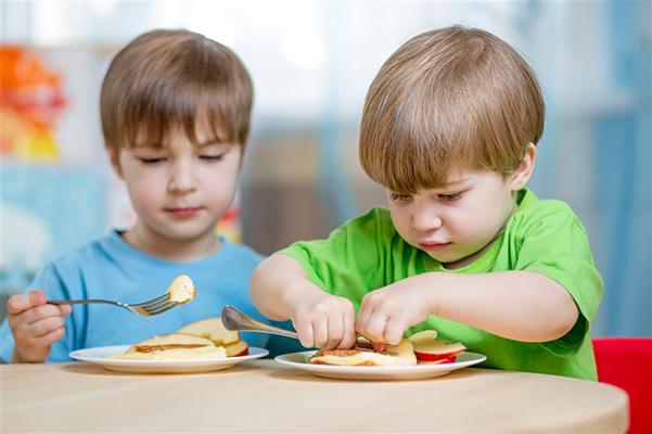 夏季如何养护孩子脾胃?