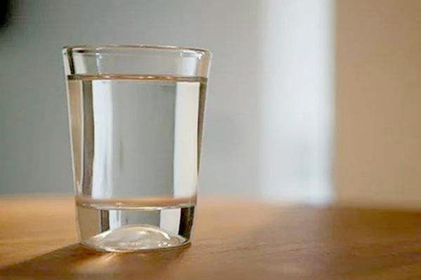 腹泻为什么补充生理盐水?