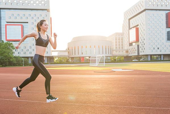健身锻炼,合适的鞋很关键